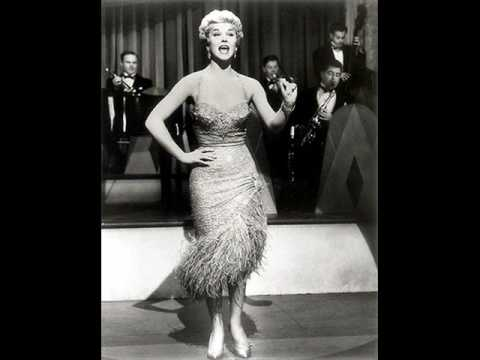 Baby Its Cold Outside - Bing Crosby & Doris Day - YouTube