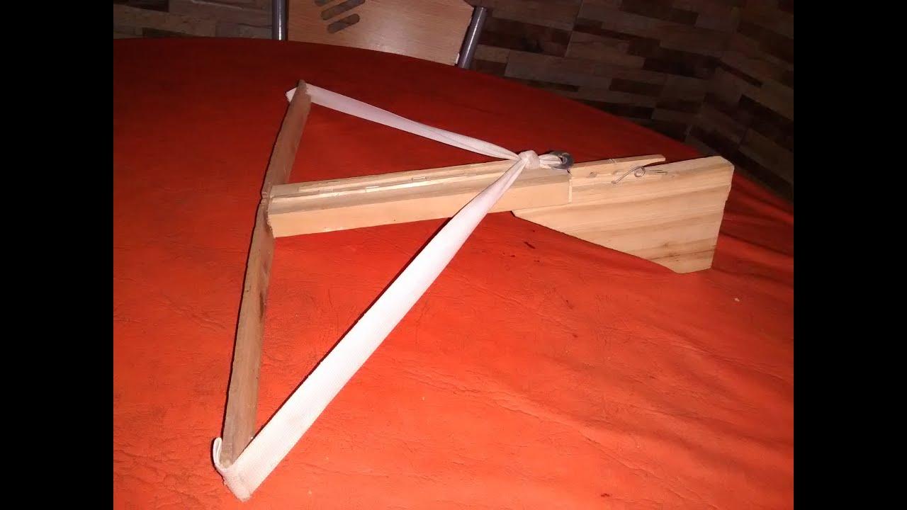 Como hacer una ballesta de madera casera de juguete youtube for Como hacer una terraza techada