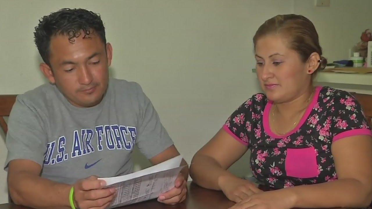 Texas niega certificado de nacimiento a bebés con padres ...