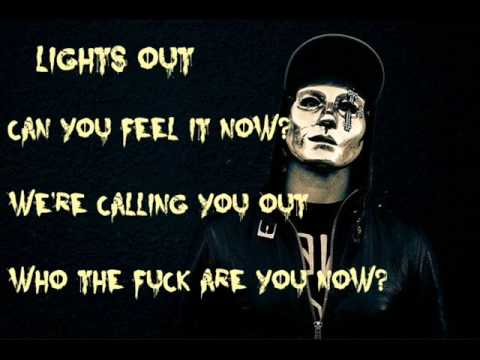 Hollywood Undead ~ Lights Out (Lyrics)