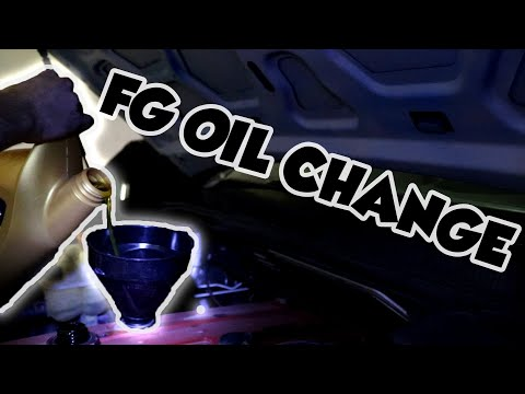 Ford FG Service - Changing Oil - YouTube