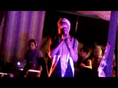 Le1f - Wut (LIVE at SXSW)