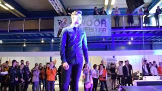 Noor Meister 2017 meeste juukselõikus võistlustöö esitlemine laval