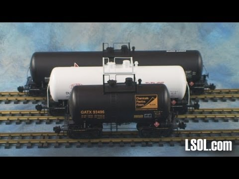 Garden Trains: UnBoxing – USA Trains Extruded Aluminum Tank Cars  55, 42, 29 Foot