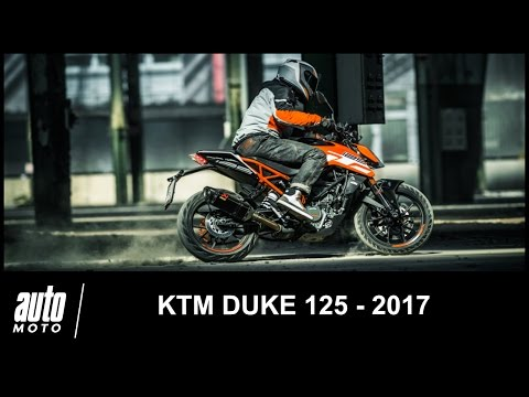 2017 ktm duke 125 essai pov auto moto com youtube. Black Bedroom Furniture Sets. Home Design Ideas