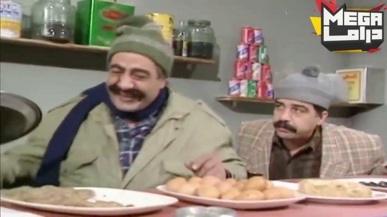 جنن رئيس البوفيهات صار يحكي مع حالو كل ساعة بجي بغيب وبصير شي بالمديرية
