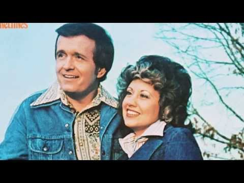Bill Anderson And Mary Lou Turner - Let Me Take You Away