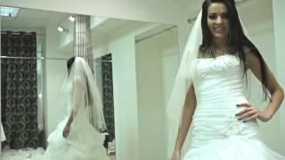 видео весільні плаття