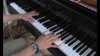 The Truman Show - Truman Sleeps on Piano