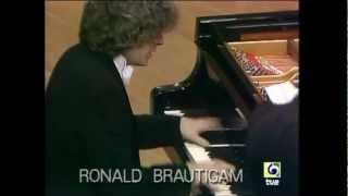 Igor Stravinsky - Concerto for Piano and Wind Instruments / Concierto para Piano