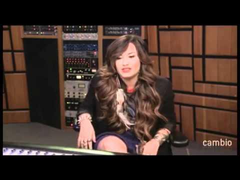 Live Chat W/ Demi Lovato 21 July 2011 Part 1