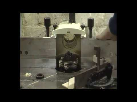 видео: изготовление подрамников с помощью станка