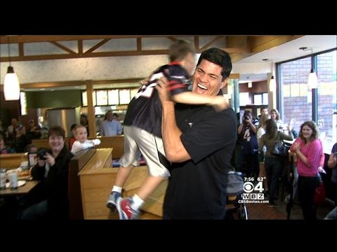 Tedy Bruschi Pays Surprise Visit To Young Fan