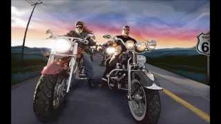 Rock and Bikes ; AC/DC: Rocking all the way