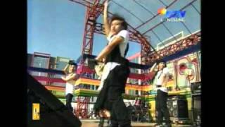 Agnes Monica Inbox Paralyzed 18/4/11