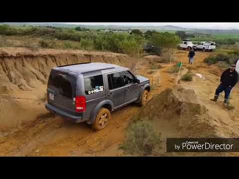 Land Rover Discovery 3 At Black Pearl.
