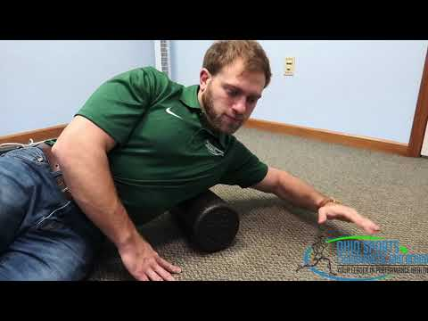 Self-Myofascial Release of the Latissimus Dorsi Muscle - Movement  Preparation for Overhead Athletes