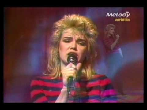 kim wilde cambodia live champs elysees 03 04 1982. Black Bedroom Furniture Sets. Home Design Ideas
