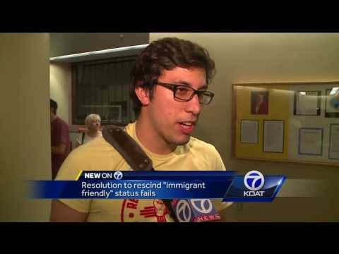 """Bernalillo County Commissioners vote to stay """"immigrant friendly"""""""