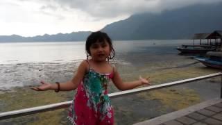 Video Lagu Anak Hujan Rintik Rintik - Angela Anthony download MP3, 3GP, MP4, WEBM, AVI, FLV Maret 2017