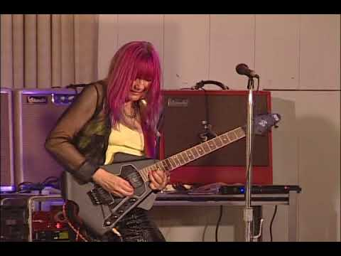 Female Blues Guitarist Shredmistress Rynata with Kickass Blues