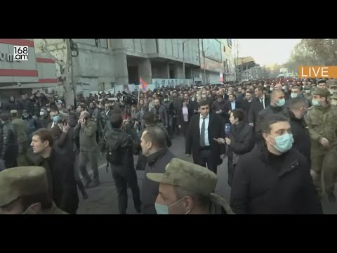 Armenian PM holds rally after army demands his resignation