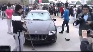MASERATI DESTROYED FOR BAD SERVICE IN CHINA ..  WHAT