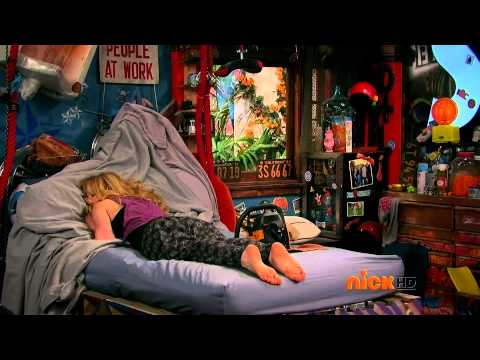 Jennette McCurdy Sam & Cat Ep 34 #KnockOut Feet