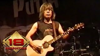 Download Video God Bless - Panggung Sandiwara (Live Konser Banjarmasin 18 Agustus 2006) MP3 3GP MP4