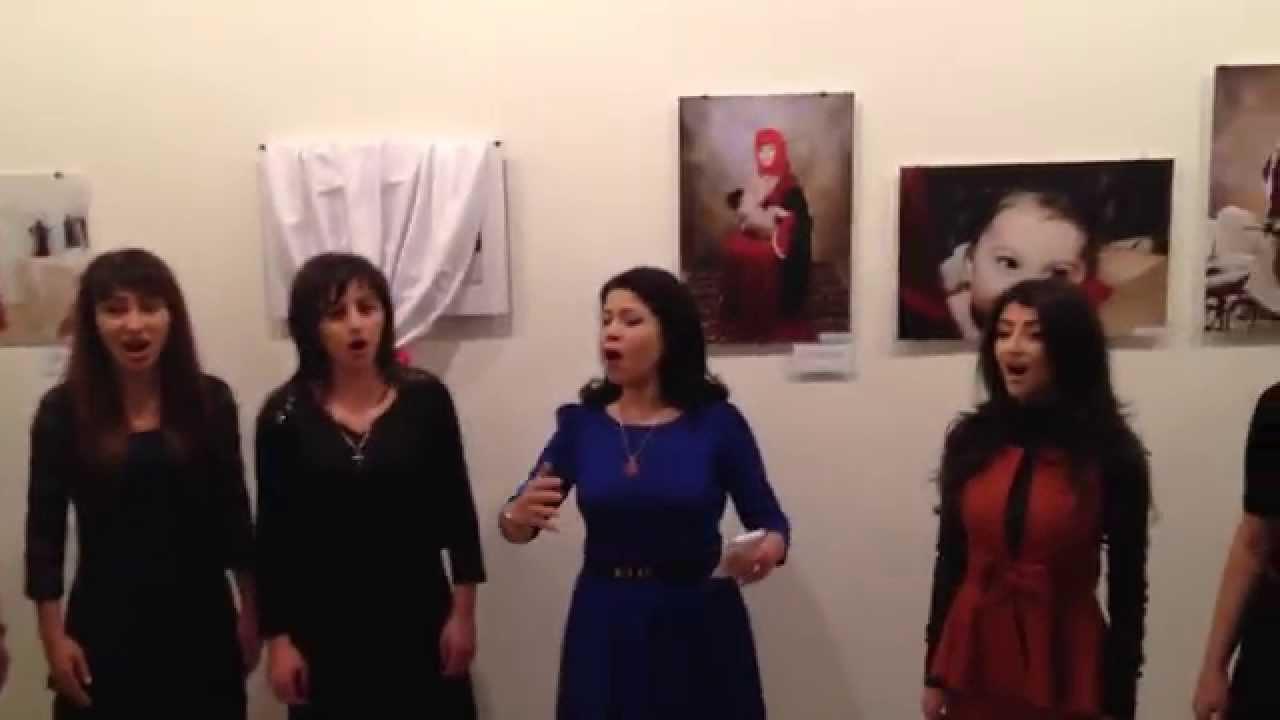 Hausgemachte Fotoausstellung zum Stillen irani fick und
