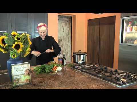 Crock-Pot Lentil Soup Recipe : Soups & Salads