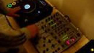 Scratching On Pioneer Cdj 1000 Mk3