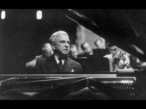 Artur Schnabel plays Schumann Concerto in A minor Op. 54, Concert Broadcast /Wallenstein (4/03/1945)