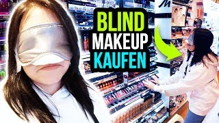 Ich kaufe BLIND mein Makeup! 😂 Buying My Makeup Blindfolded