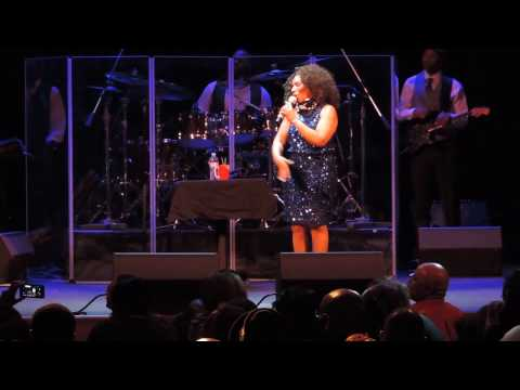 Stephanie Mills Takes Requests from The Audience At The Howard Theatre!