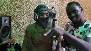 Hauwa yarfulani featuring Husaini Danko
