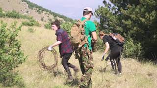Removal of barbed wire in one of the ecological corridors in the Central Apennines
