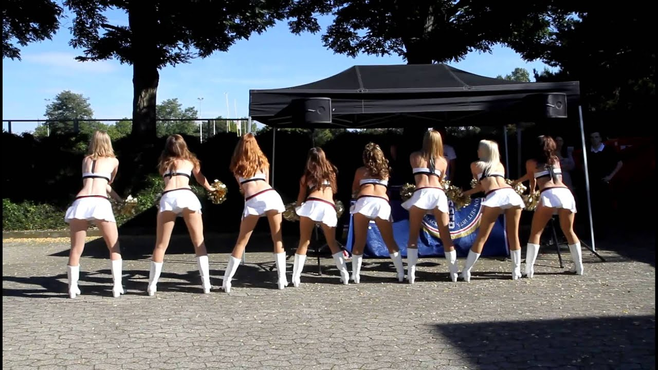 Pantherettes Cheerleader Pre Game - Youtube-4234