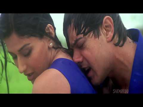 Hai Na Bolo Very Very hott and romantic song
