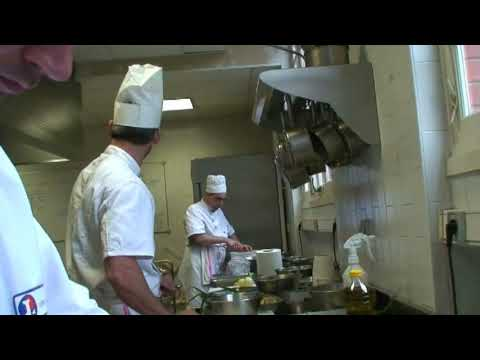 Cole de cuisine 1 parte youtube for Video de cuisine youtube