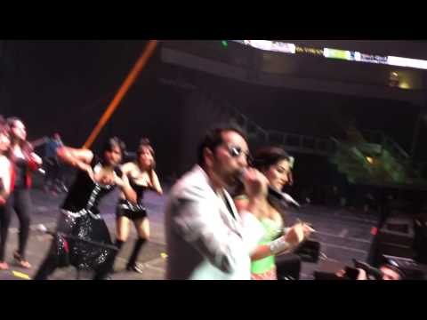Live Performance By King Mika Singh n Sunny Leone at SHAKE SHAKE BOOTY SHAKE In Dallas.USA