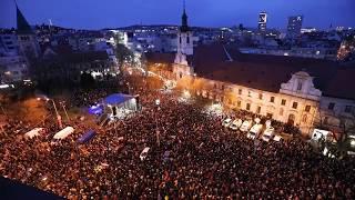 Z protestného zhromaždenia Za slušné Slovensko v Bratislave