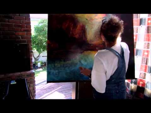 A two minute  inside the studio and work of South African Artist Leonie.e.Brown.
