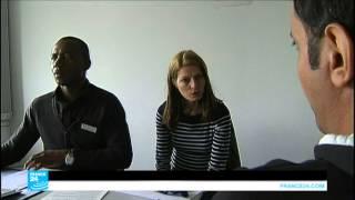 ...ألمانيا: تهافت الشركات على توظيف اللاجئين السوريين ي
