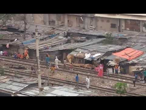 Life in the slums   Dirty Capital in the world
