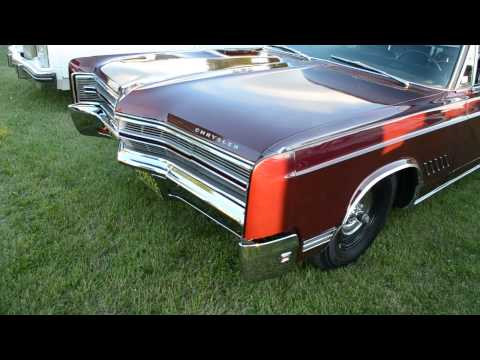 BADASS 1968 CHRYSLER 300 - 440 START UP / IDLE