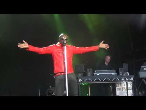 Seal  Crazy  Cornbury Music Festival 2016