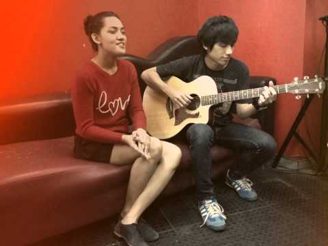 "Monita Tahalea & Gerald Situmorang ""Have Yourself A Merry Little Christmas"" live acoustic"