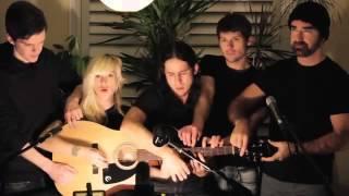 игра на гитаре 5 человек