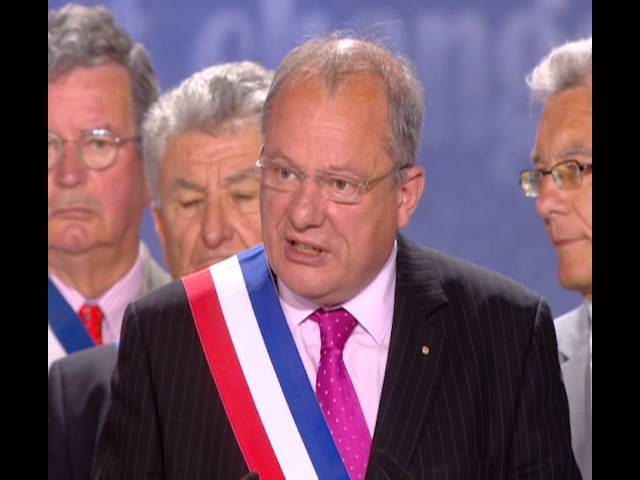 Jean-Pierre Muller, Maire de Magny-en-Vexin, avec la Résistance iranienne, Villepinte, 13 juin 2015